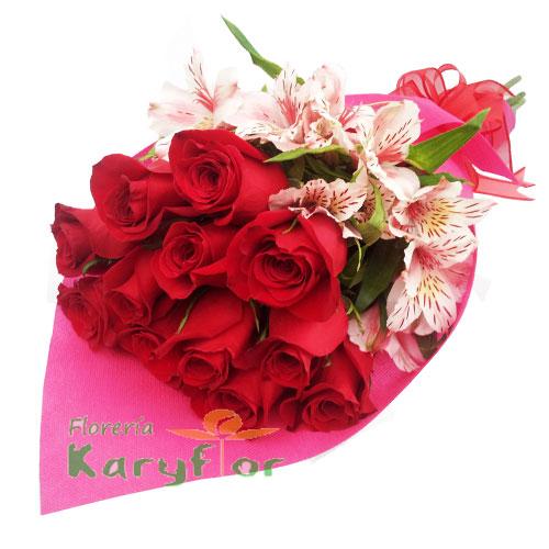 Ramo de 12 rosas en tela importada y lazo en cinta organza. Pueden adicionarles chocolates ingresando a la opción REGALOS en la parte superior de la Pág. web.